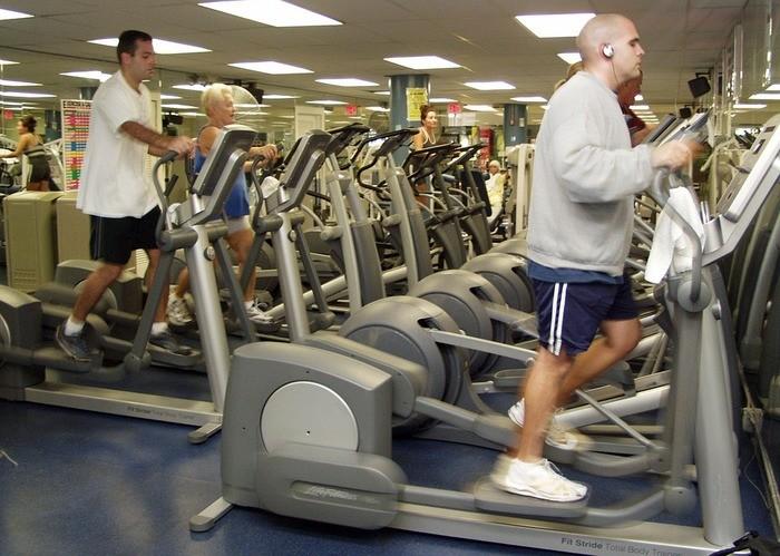 有酸素運動の種類別の効果と消費カロリー|室内/マシン/ジム
