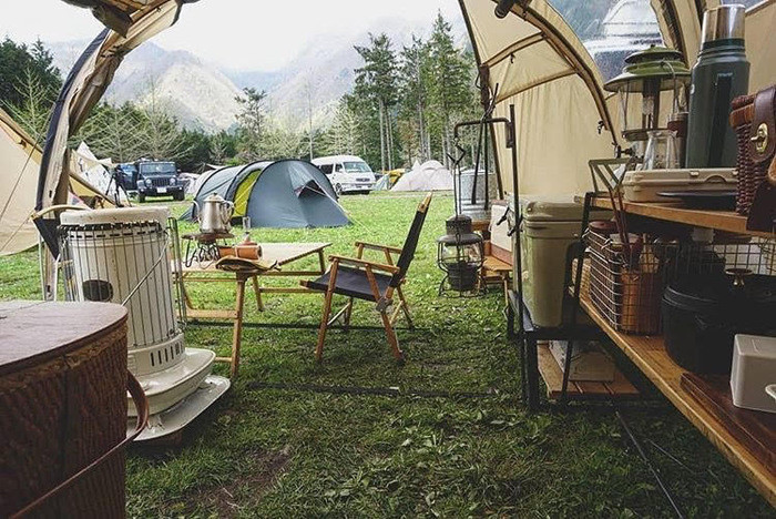 泊まれるキャンプサイトはフリーサイト・オートサイト!