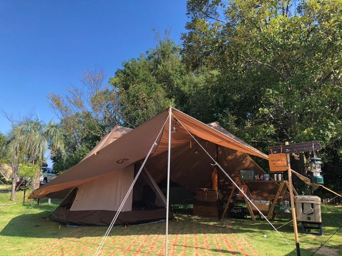砂湯キャンプ場は温泉が湧き出る砂場が特徴的!家族連れに最適なキャンプ場