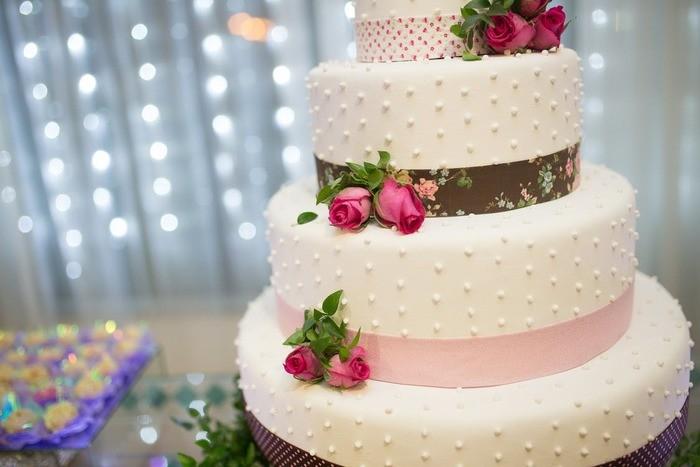 結婚式におすすめの友人代表スピーチ例文・時間・マナー・曲
