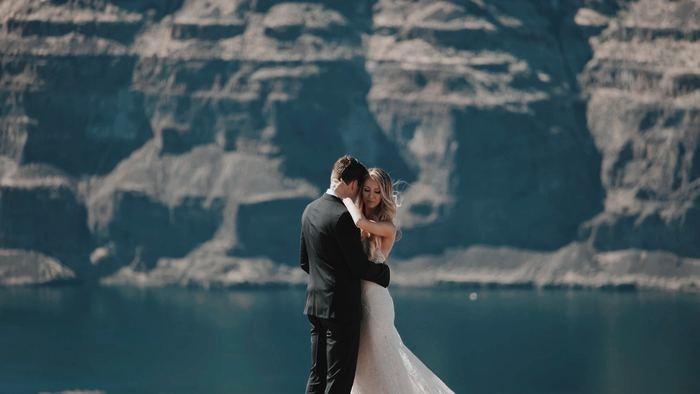 結婚式の招待状の返信の書き方と注意点|縦書き/横書き/アレルギー