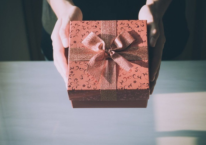 関係者別結婚式のプレゼント予算と結婚式参加の子供用プレゼント