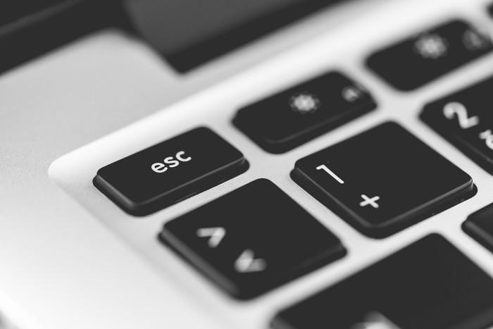 【簡単】超小型PCおすすめランキングTOP10|選び方・口コミ