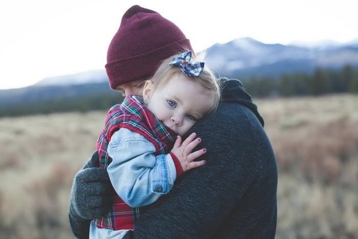 赤ちゃんが好きな動画を見る4つのメリット|上手に動画を利用する方法