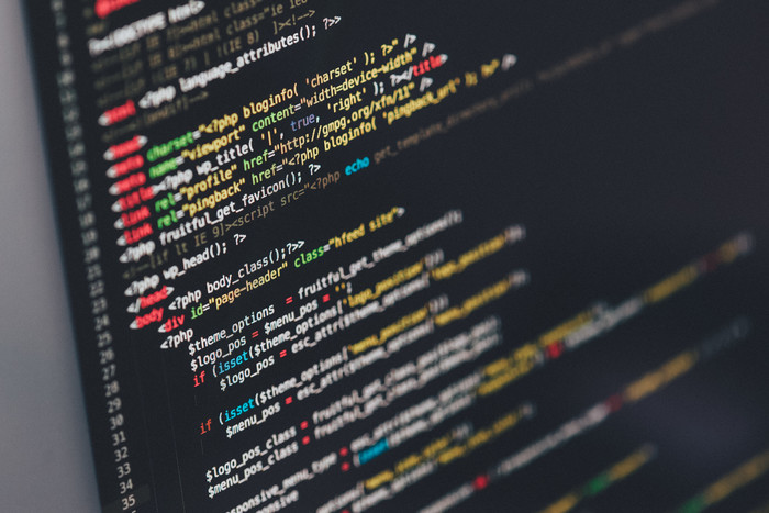 エンジニアの職種・資格・スキルの種類|年収/副業/WEB