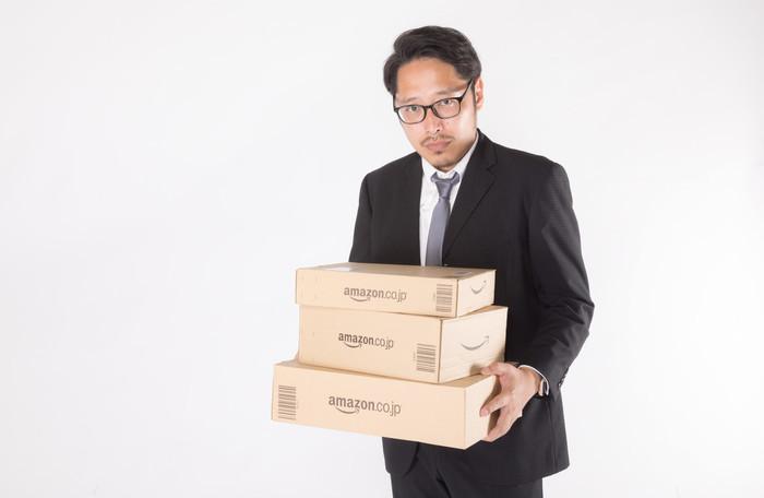 ネクタイピンの付け方の種類|おしゃれ/スーツ/ベスト/シャツ