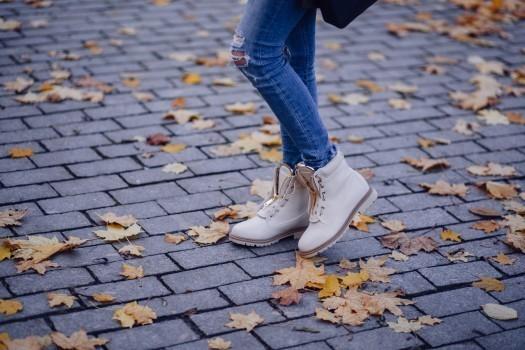 スニーカーの靴紐の結び方|基本/ナイキ/アディダス/2本