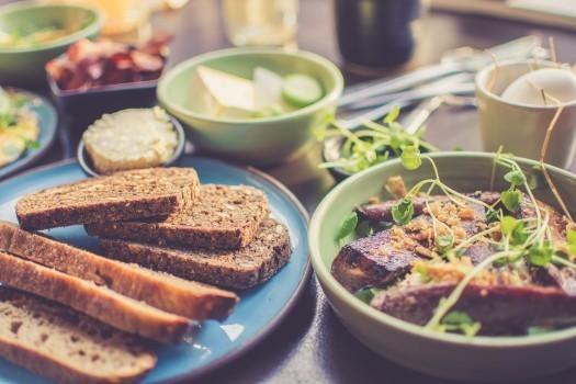 【専門家監修】妊娠中にひじきを食べてもいい?摂取量に気をつけたい食品8種