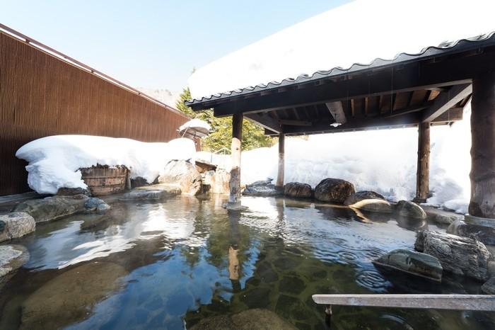 お風呂は近くの支笏湖温泉でリラックス