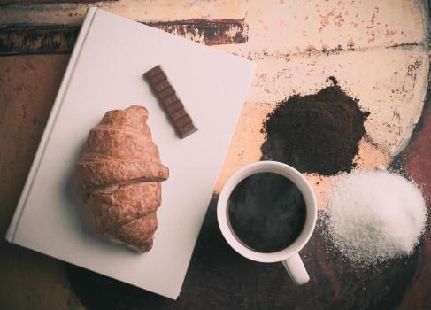 カフェ経営の方法と資格|年収/資金/成功例/失敗例/スクール