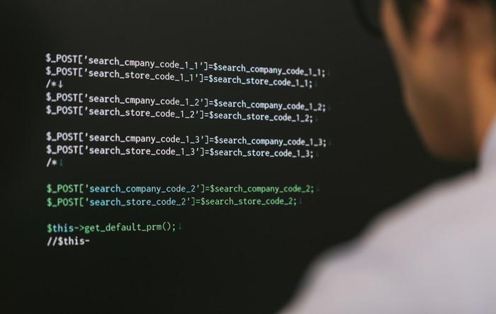機械学習エンジニアの好条件新卒採用が増えている