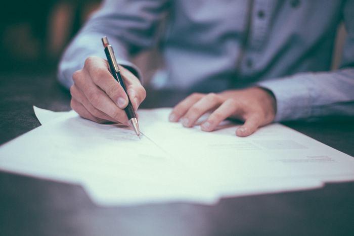 要約のコツと書き方|社説/新聞記事/英語論文/本・試験問題