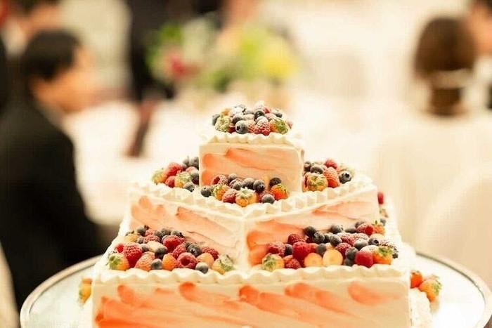 特別な日だからこそ、万全の体制で備えて、守って。 花嫁のお守り、それが結婚式総合保険です。